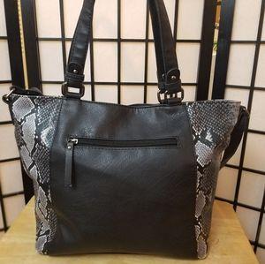 Mia Deluca snake print and leather handbag